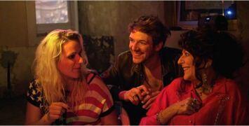 Party Girl : est-on meilleur acteur quand on joue son propre rôle ?