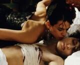 Asia Argento nue dans une Vieille maîtresse