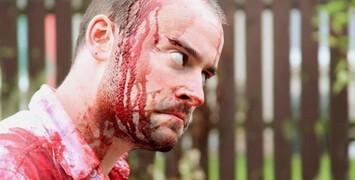 Trailer est-il ? : La Vengeance, Catch .44, Inside Lara Roxx...