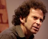 Le scénariste Charlie Kaufman adaptera la série littéraire Le Chaos en Marche