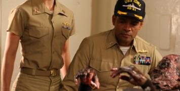 Trailer est-il ? American Warships : Rihanna tombe à l'eau, Battleship coule à flot