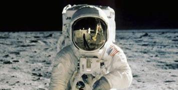 Warner prépare un film sur les combinaisons spatiales