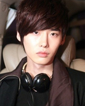 JongSuk Lee