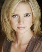 Lindsay Maxwell