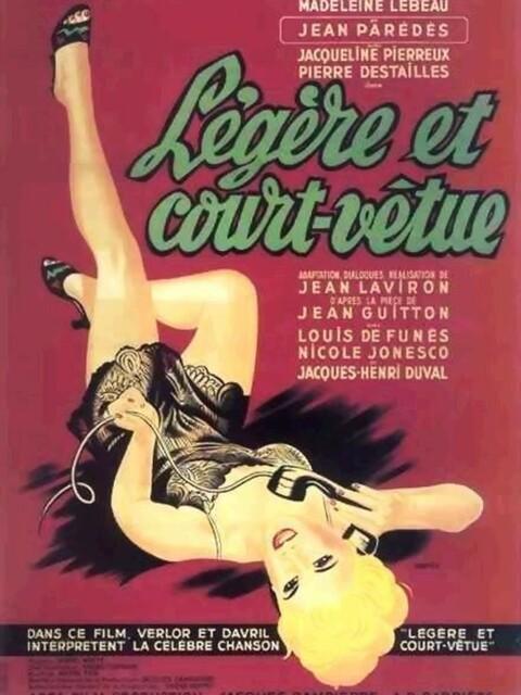 Légère & Court-Vêtue