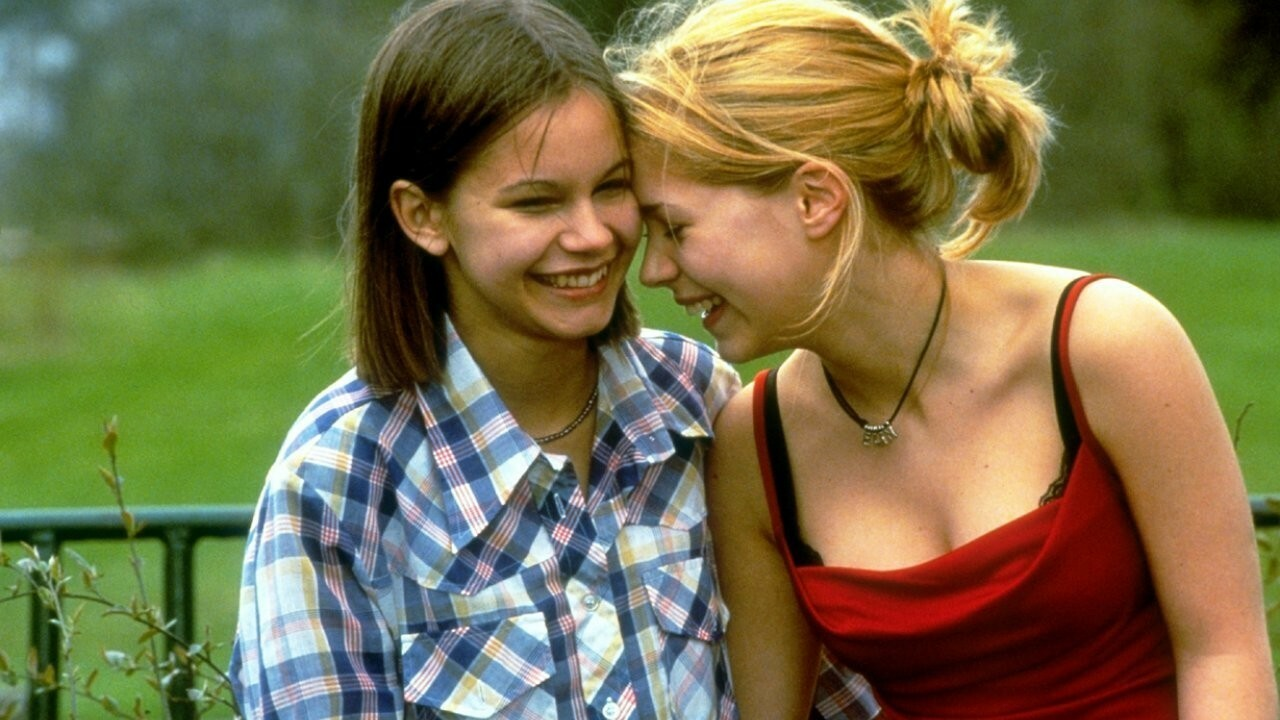 Lesbienne maman avec adolescent