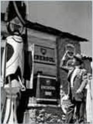 la route napol on un film de 1956 vodkaster. Black Bedroom Furniture Sets. Home Design Ideas