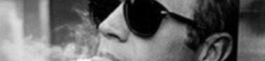 Affiche aux lunettes noires